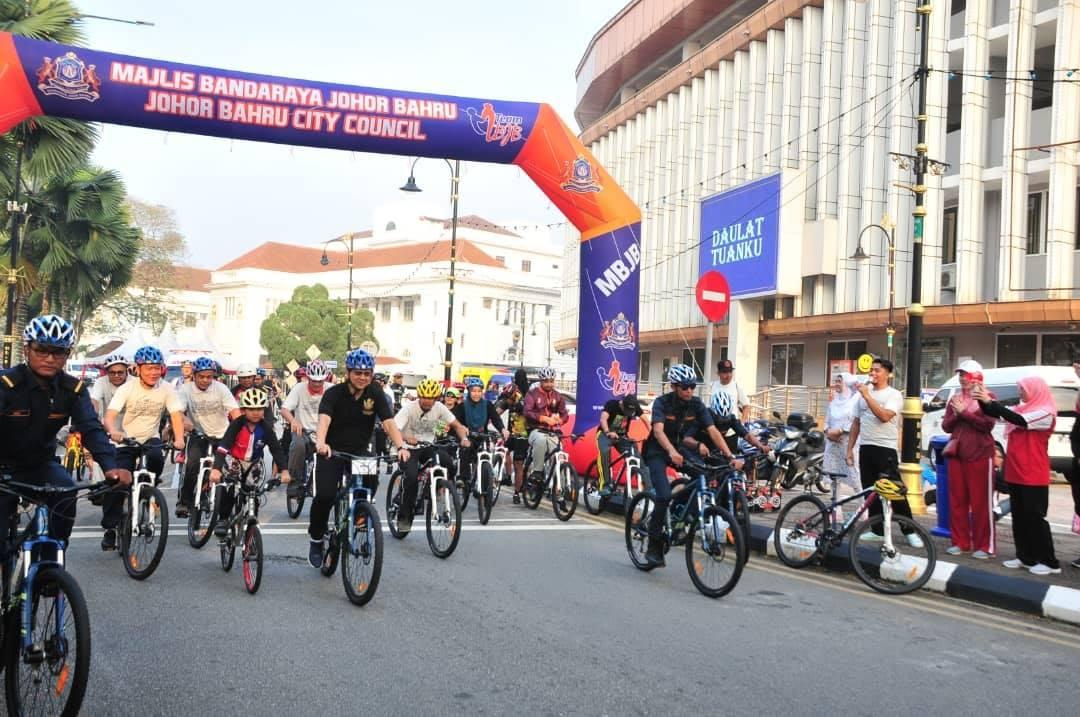 JB WAKEUP CAR FREE DAY 05 JANUARI 2019